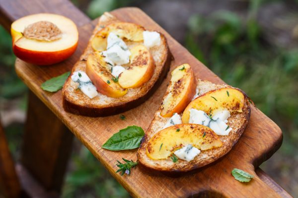 toasted bread with grilled peach