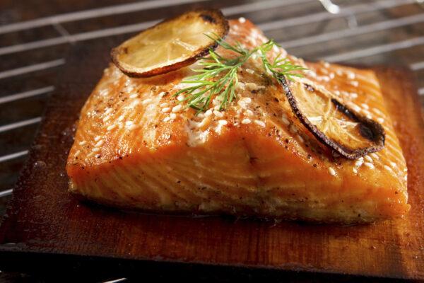 baked salmon with garlic sauce